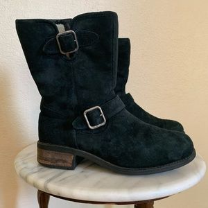 Woman UGG boots sz 7
